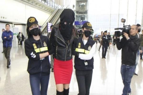 Έσκασε βόμβα: Αυτή είναι η 19χρονη Ελληνίδα μοντέλο που συνελήφθη με κοκαΐνη! Δεν φαντάζεστε ποιανού κόρη είναι