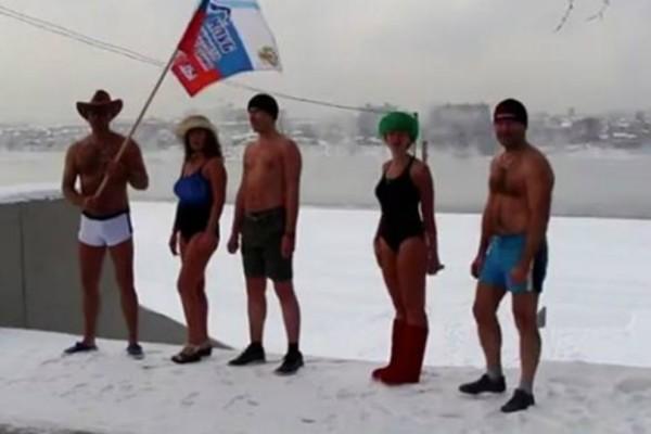 «Τρελοί» Ρώσοι βγήκαν για τρέξιμο στους...-24 βαθμούς! (Photos)