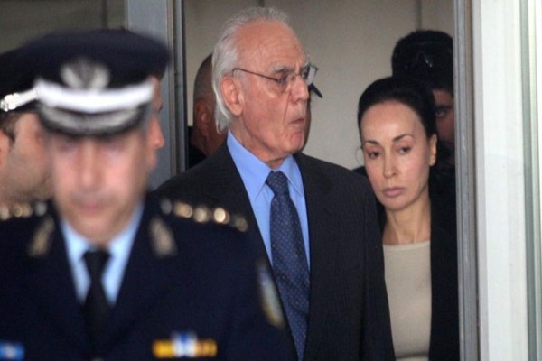 Αυτός είναι ο απίστευτος λόγος που ο Άκης Τσοχατζόπουλος δεν πήγε στον γάμο του γιου του! Και όχι δεν είναι αυτό που φαντάζεστε