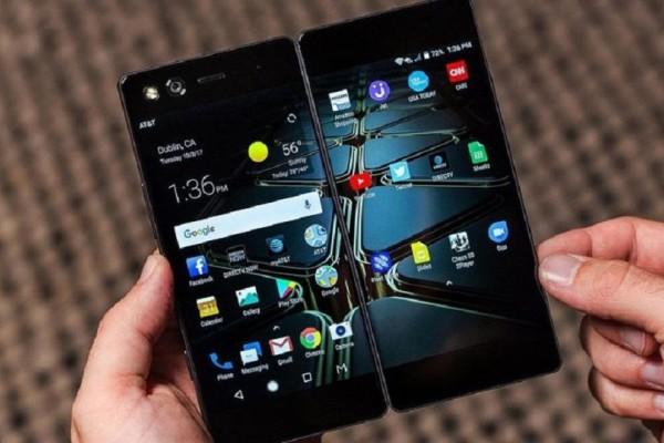 Άκρως πρωτοποριακό: Έρχεται κινητό τηλέφωνο που θα διαθέτει διπλή οθόνη! (Video)