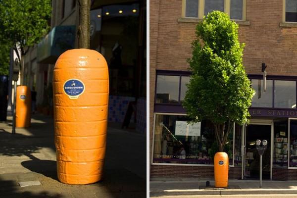Τεράστια γλυπτά γίνονται… πανέξυπνες διαφημίσεις! (photos)