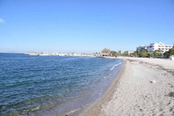 Ολοκληρώθηκαν οι εργασίες καθαρισμού στις ακτές Γλυφάδας