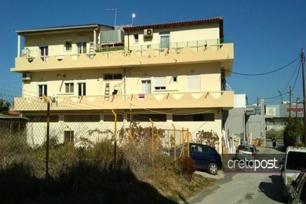 Συγκλονίζουν οι λεπτομέρειες από το φρικτό έγκλημα στην Κρήτη: Μαχαίρωσε τον γείτονά της για μια παρατήρηση!