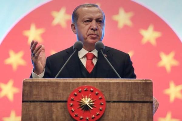 Προκλητικός Ερντογάν: Με την κατάληψη της Κύπρου σας κόψαμε το χέρι!
