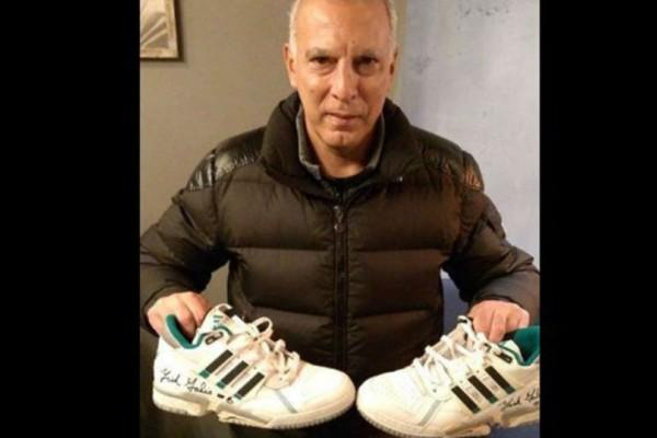 Ρεκόρ σε δημοπρασία έκαναν τα παπούτσια του Νίκου Γκάλη!