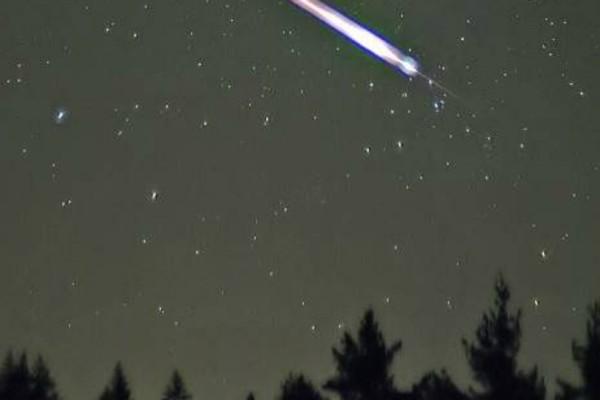 Ένα μοναδικό φαινόμενο θα συμβεί στον ουρανό το βράδυ της Παρασκευής!
