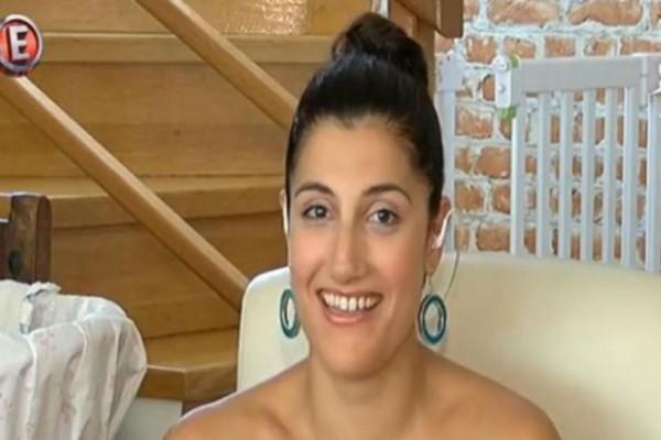Λίλα Σταμπούλογλου: Η συνεργάτιδα της Τατιάνας Στεφανίδου μας ανοίγει το σπίτι της στη Νέα Σμύρνη! Το τζάκι κλέβει τις εντυπώσεις!