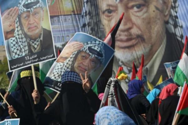 Χιλιάδες Παλαιστίνοι τίμησαν στη Γάζα την επέτειο του θανάτου του Γιάσερ Αραφάτ!