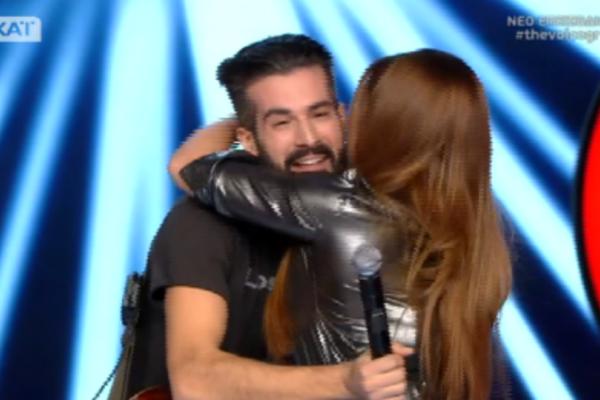 The Voice: Ο «αδερφός» της Έλενας Παπαρίζου στην σκηνή! Τρέλαναν όλο το πλατό και τους κριτές! (Βίντεο)