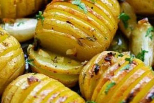 Μια διαφορετική συνταγή: Πατάτες φούρνου... «πειραγμένες»
