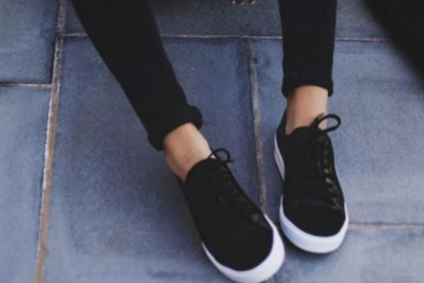 Πως να φορέσεις τα Velvet sneakers σου!
