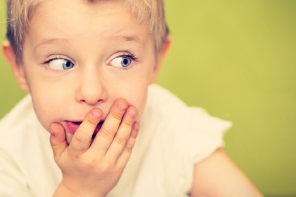 Γονείς δώστε βάση: Πώς να διαχειριστείτε ένα παιδί που βρίζει!