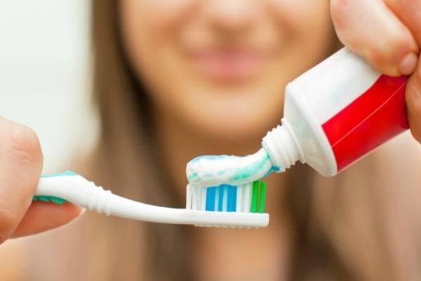 12 έξυπνες χρήσεις της οδοντόκρεμας που σίγουρα δεν γνώριζες! - Θα εκπλαγείς!