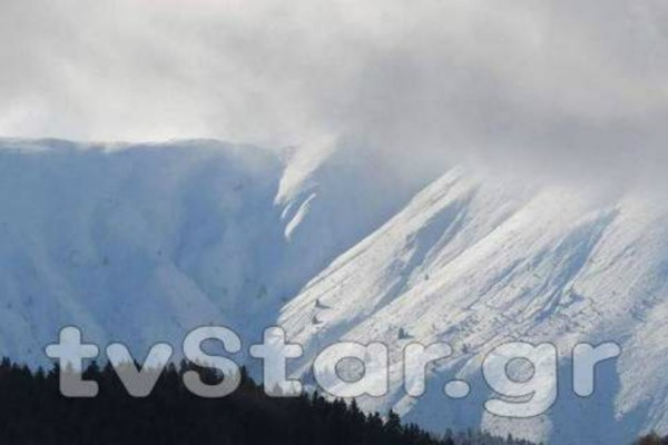 Χιόνισε στο Βελούχι - Μαγευτικές εικόνες από το χιονισμένο τοπίο!