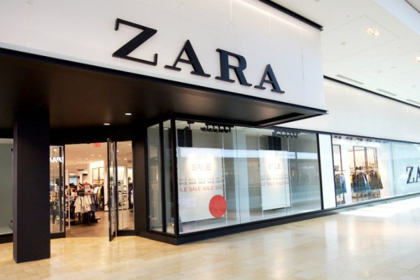 Zara: Το εκκεντρικό παλτό που η Vogue έβαλε στην λίστα με τα must της σεζόν!