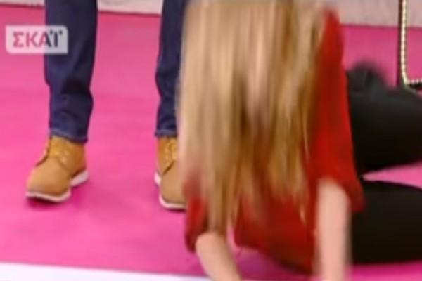 «Κατέρρευσε» στο πάτωμα η Ντορέττα Παπαδημητρίου on air! Η είδηση που την έκανε να «λυγίσει»! (video)