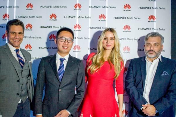 Η Huawei έκλεψε τις εντυπώσεις με το απόλυτο unboxing των Χριστουγέννων!
