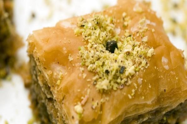 Φτιάξτε τον πιο νόστιμο και γευστικό μπακλαβά με καρύδια που έχετε δοκιμάσει!