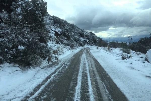 Αίσιο τέλος για τους κυνηγούς στην Αργολίδα που είχαν αποκλειστεί στα χιόνια