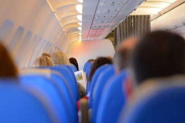 Απίστευτο περιστατικό: Αναγκαστική προσγείωση αεροπλάνου επειδή δεν έφεραν σαμπάνια σε επιβάτη!