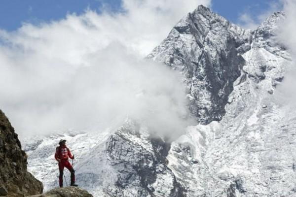 Το Νεπάλ απαγορεύει σε τυφλούς να ανεβαίνουν στο Έβερεστ!