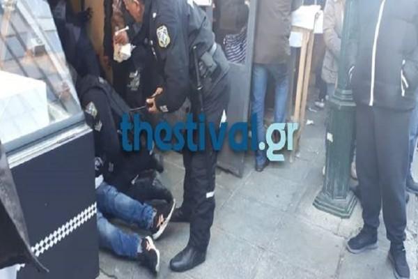 Θεσσαλονίκη: Μαχαιρώματα στο κέντρο της πόλης - Άγριες συμπλοκές