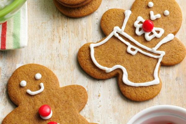 Κι όμως: Αυτό το Χριστουγεννιάτικο μπαχαρικό μπορεί να λύσει το πρόβλημα της ακμής σου!