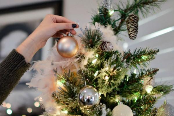 Νέα μόδα στα Χριστουγεννιάτικα δέντρα! Περίεργη αλλά βολική!