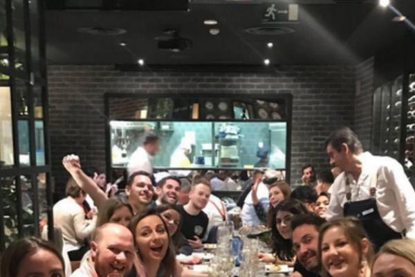 Το αφεντικό τρελάθηκε! Εργοδότης κέρασε 20 υπαλλήλους 2ήμερο ταξίδι στη Μαδρίτη (Photos)