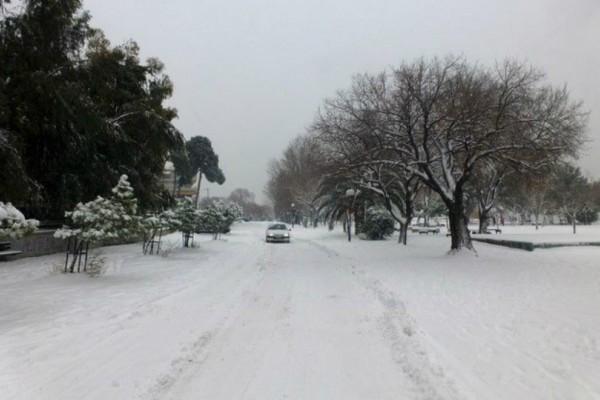 Έκτακτο δελτίο επιδείνωσης του καιρού από την ΕΜΥ: Έρχονται ισχυρές καταιγίδες και χιόνια!