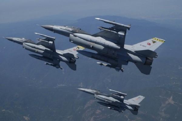 Συνεχίζονται οι προκλήσεις: Τρεις παραβάσεις στο FIR Αθηνών από τουρκικά στρατιωτικά αεροσκάφη