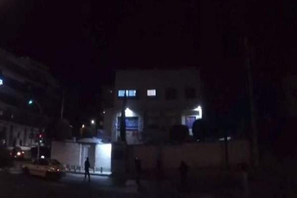 Νέα καταδρομική επίθεση του Ρουβίκωνα στην πρεσβεία του Ισραήλ! (Video)