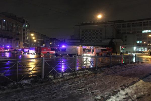 Συναγερμός στην Ρωσία - Έκρηξη σε εμπορικό κέντρο στην Αγία Πετρούπολη με τουλάχιστον 10 τραυματίες