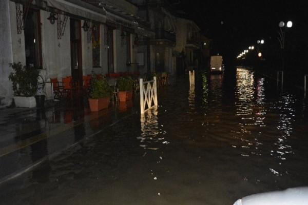 Σε κατάσταση έκτακτης ανάγκης κηρύχθηκαν οι δήμοι Μεσολογγίου και Αγρινίου εξαιτίας της κακοκαιρίας!