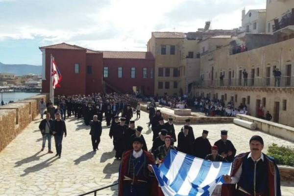 Με λαμπρότητα η Κρήτη γιορτάζει τα 104 χρόνια από την ένωση της Με την Ελλάδα (Photos)