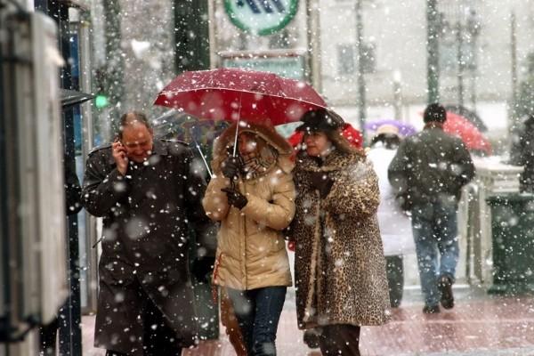 Ο Γιάννης Καλλιάνος προειδοποιεί: Έρχεται τσουχτερό κρύο με την θερμοκρασία να πέφτει 10 βαθμούς! - Πού θα χιονίσει