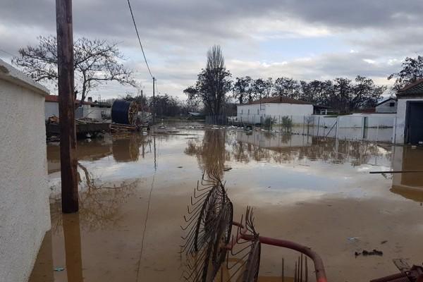 Μεγάλες καταστροφές από την έντονη βροχόπτωση στη Ροδόπη (Photo)