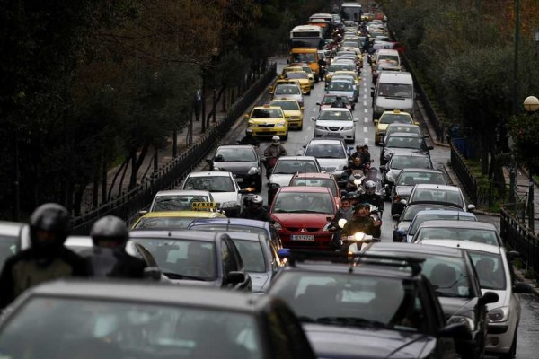 Ανακαλούνται πασίνγωστα αυτοκίνητα που έχουν εκατομμύρια Έλληνες λόγω προβλήματος στα φρένα!