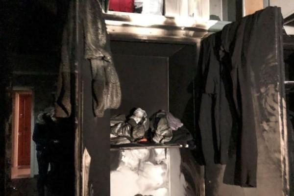 Εικόνες - σοκ: Μέσα στο δωμάτιο που βρέθηκε λιπόθυμο το 14 μηνών βρέφος στην Πλατεία Αττικής!