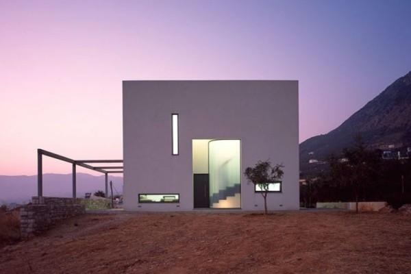 Το «Πυργόσπιτο Ι» αποτελεί την πιο πρωτότυπη και μινιμαλιστική κατοικία στη Μάνη!