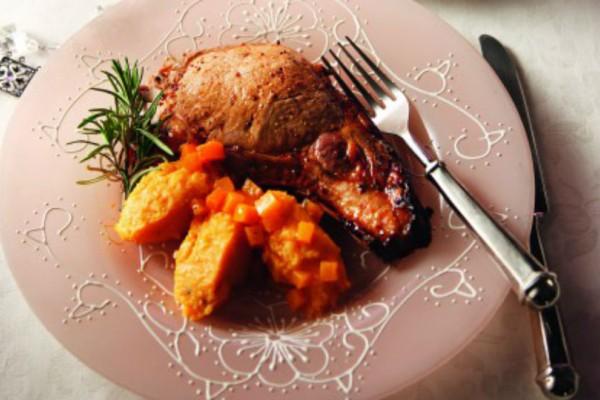 Χοιρινό μπριζολίκι με σάλτσα σύκου και πουρέ γλυκοπατάτας!