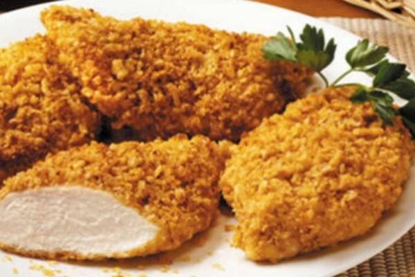 Σνίτσελ κοτόπουλο με πατάτες στο φούρνο με κρέμα τυριού