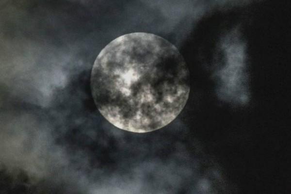 Ολική έκλειψη υπερ-Σελήνης στις 31 Ιανουαρίου: Ένα σπάνιο φαινόμενο στον ουρανό!