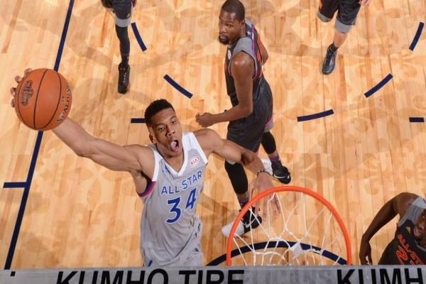 Παγκόσμια υπόκλιση στον Αντετοκούνμπο: Πρώτος σε ψήφους σε ολόκληρο το NBA για το Αll-Star Game!