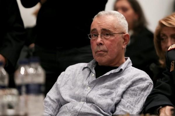 Παραιτήθηκε ο Κώστας Ζουράρις - Σε αναβρασμό η κυβέρνηση μετά τις υβριστικές του δηλώσεις