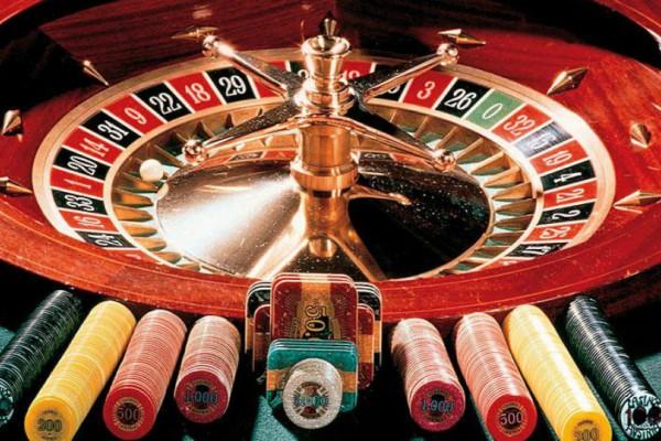 Σοκ: Κατηγορείται για σεξουαλική παρενόχληση μεγιστάνας των καζίνο!