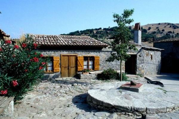 Πανέμορφος! Η μετατροπή παλιού,γραφικού λαδόμυλου σε εξοχικό ξενώνα σε χωριό της Ελλάδας