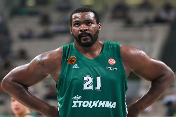 Θυμάστε τον Σοφοκλή Σχορτσιανίτη; Επέστρεψε στο μπάσκετ δύο χρόνια μετά κυριολεκτικά πιο χοντρός από ποτέ! (photos)