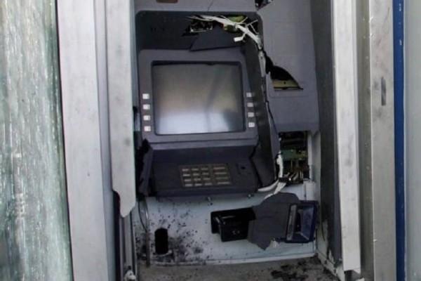 Η συμμορία των ΑΤΜ «ξαναχτύπησε» - Ανατίναξαν μηχάνημα στου Παπάγου