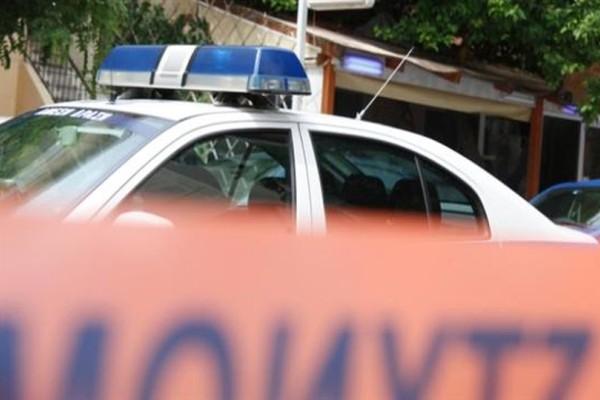 Νέα στυγερή δολοφονία σοκάρει το Πανελλήνιο: Τον σκότωσαν στο ξύλο μέσα στο σπίτι του! (photos+videos)